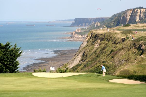 golf d'omaha beach port-en-bessin normandie